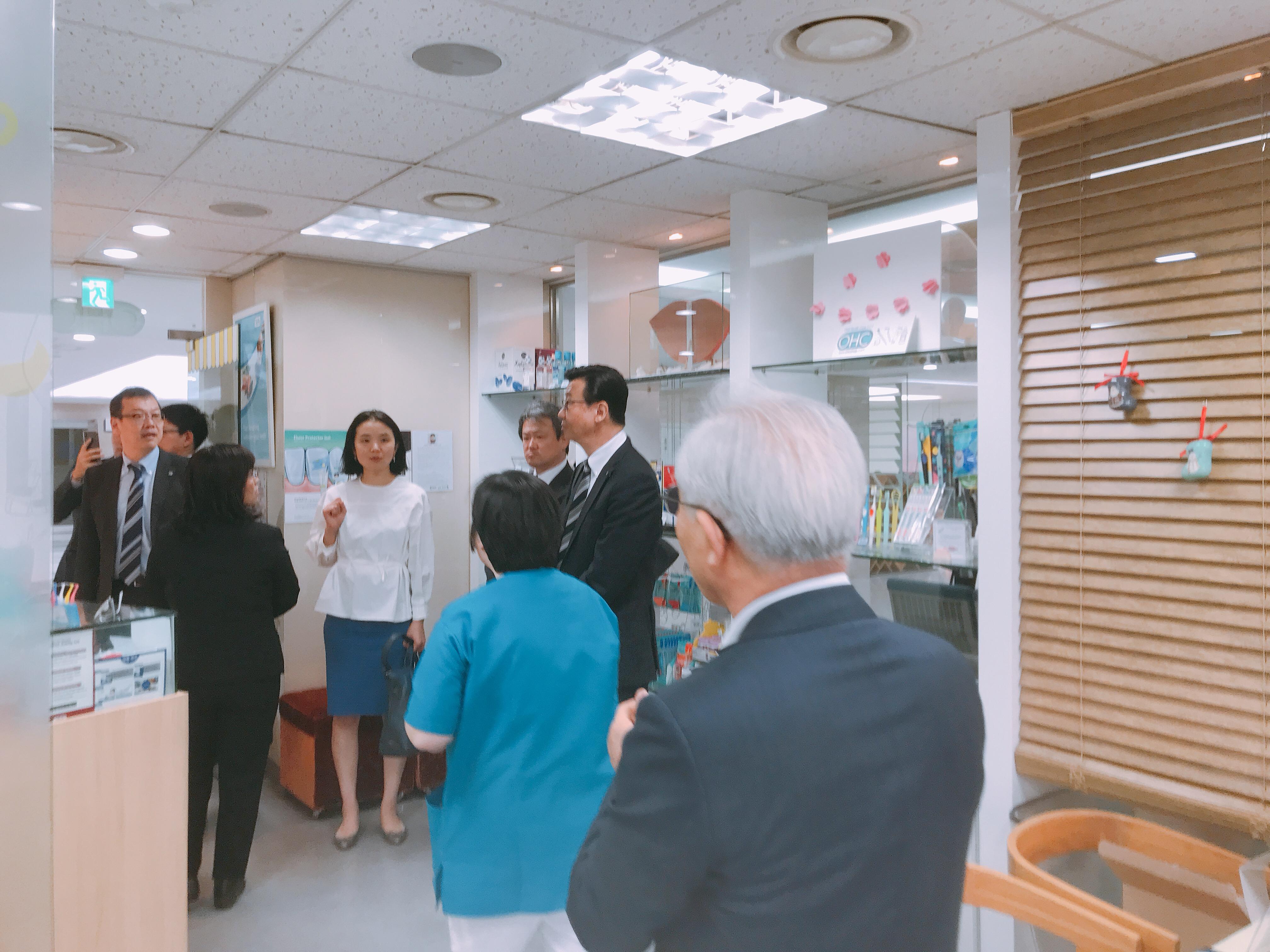 2019-5-13 일본 라이온 본사 직원 혜화방문 9.jpg