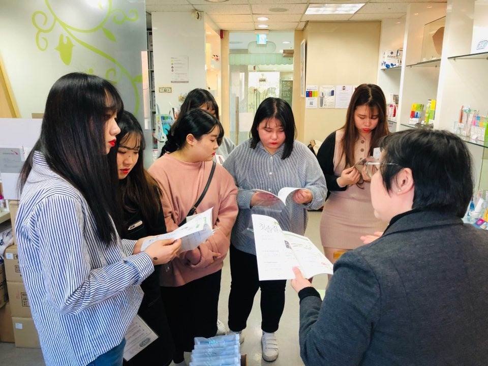 2018-11-23 대원대학교 치위생과 OHCSHOP 견학방문 8.jpg